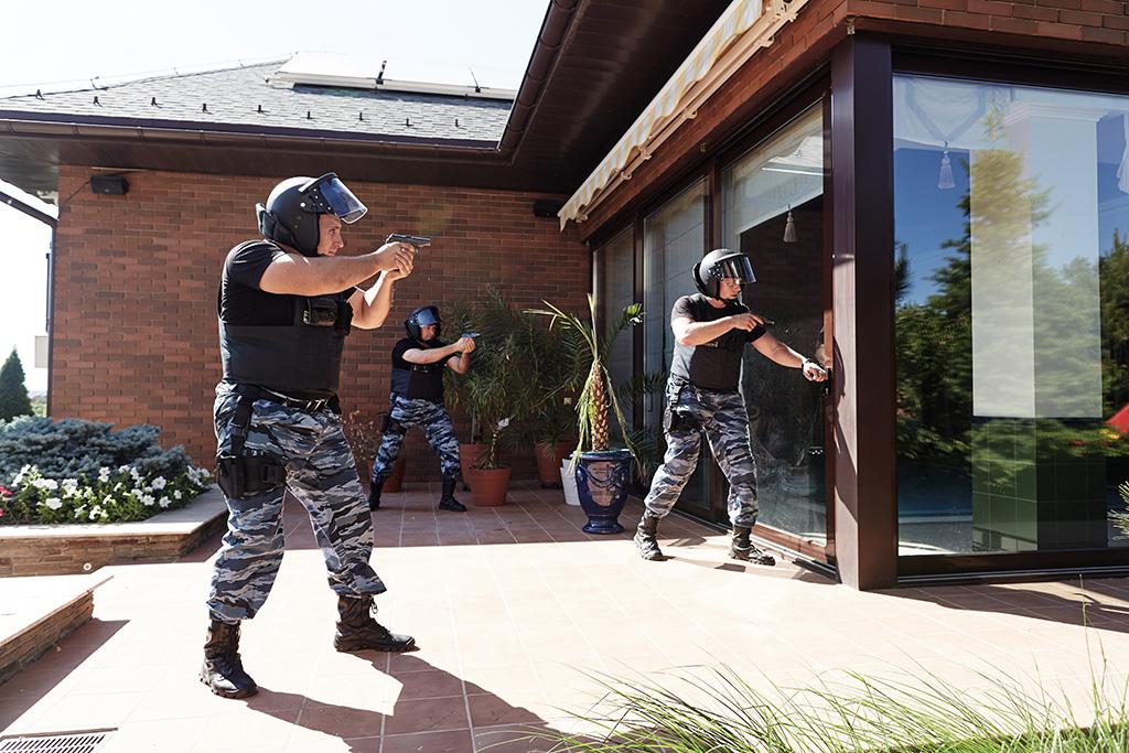 Охрана квартиры дома Харьков Киев Охранное агентство Охрана и безопасность