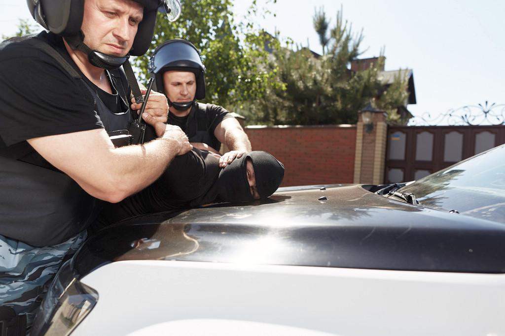 Охрана гаража автомобиля авто Харьков Киев Охранное агентство Охрана и безопасность